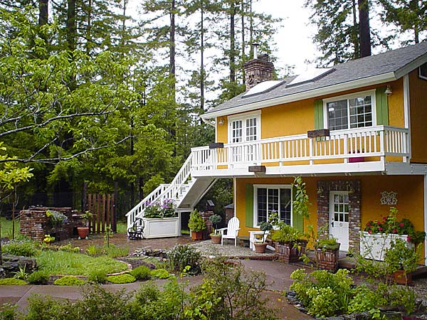 La Petite Maison: a mendocino vacation rental cottage