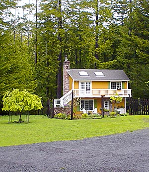 long view of mendocino vacation rental cottage