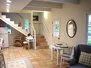 entryway of mendocino rental cottage